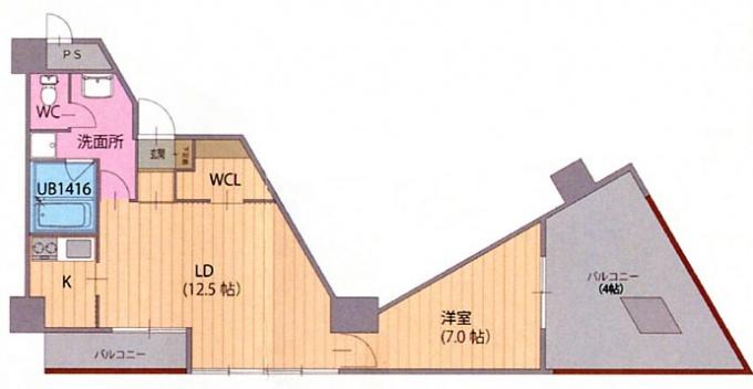 建物を三角形にすることによる「すべての歪み」を受け止めたともいえる、北側両端の1LDK(専有面積50㎡)間取り。LD、寝室ともまったくの不整形。一見して、バランスの悪そうなプランだったが、なんと一番人気の間取りとなった