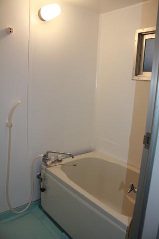 浴室はフルオートバスに交換