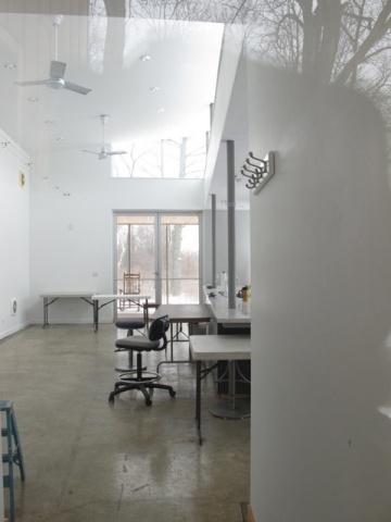 プレィリースタジオの内部。この時はちょうどアーティスト達の入れ替え時期で誰もいなかった