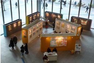 昨年の作品展示の様子(東京・丸ビル)