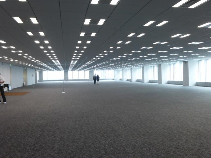 1フロア約1,500坪のオフィス空間