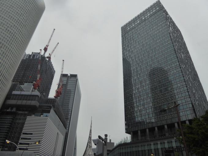 名古屋駅周辺では「大名古屋ビルヂング」をはじめとした複数の大規模オフィスビルが開発中。周辺のビル市場への影響は少なくない