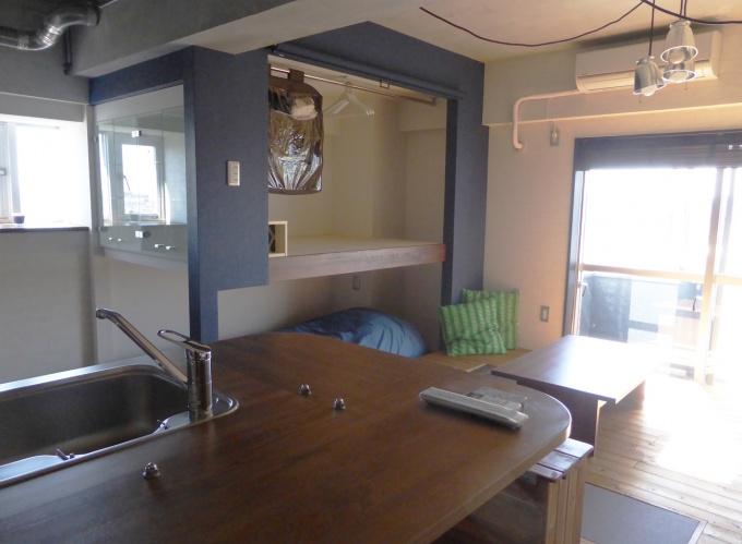 「セシーズイシイ5」内の空室をリノベーションして作成したコンセプトルーム。賃貸に当たっては、入居者の希望に添った仕立てを支援する