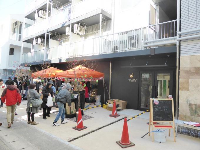 「セシーズ石井7」外観。1階部分を共用スペースとしてリノベーションした