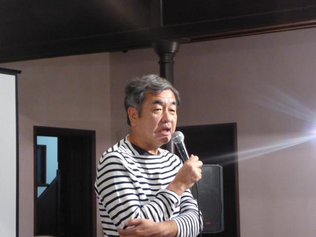 「難しいテーマにもかかわらず、意欲的な作品が集まった」と感想を述べた、審査委員長の隈氏