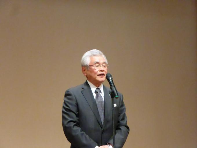 全日理事長の原嶋氏は、「安心・安全なまちづくりのためにも、不動産業界の果たすべき役割は日増しに高まっている」と語り、空き家・地域活性化の問題に全力で取り組む姿勢を明らかにした
