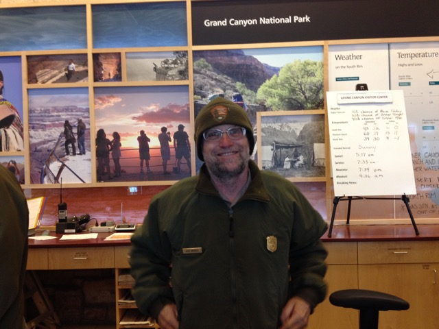 グランドキャニオン(アリゾナ州)のフォレストレンジャー。気さくな人柄で、さまざまな質問に新設に答えてくれる