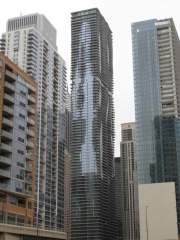 まだ開発が進むシカゴ都心部だが、住面積の広さを求めるのはますます難しくなってきている。(イリノイ州シカゴ市)