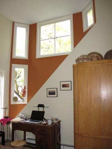 ベブ宅の客用寝室に1週間滞在した。日差しが高い窓から入り明るい