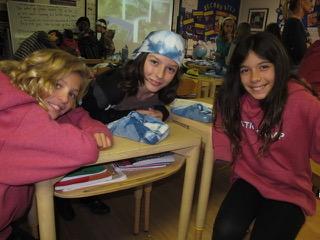 なぜ?が飛び交い、のびのびと自由なアンヌリーススクールの生徒達(カリフォルニア州ラグナビーチ市)