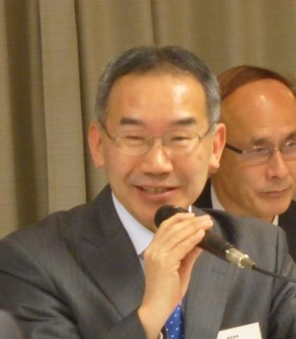 「リフォーム、既存住宅の流通、国際化に注力していく」などと述べる合田専務理事
